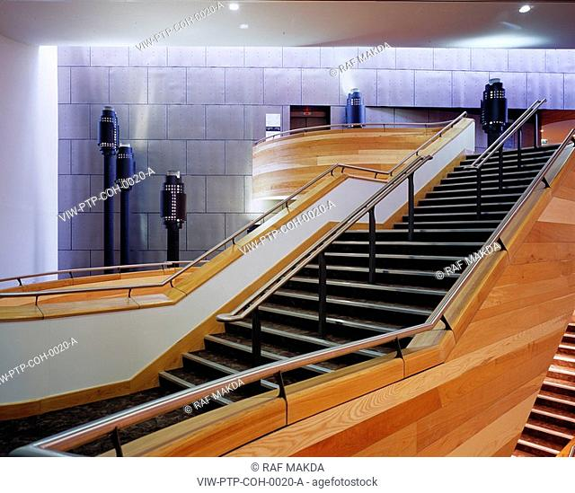 WELSH MILLENNIUM CENTRE, CARDIFF BAY, CARDIFF, WALES, UK, PERCY THOMAS ARCHITECTS, INTERIOR, STAIRCASE IN EAST FOYER