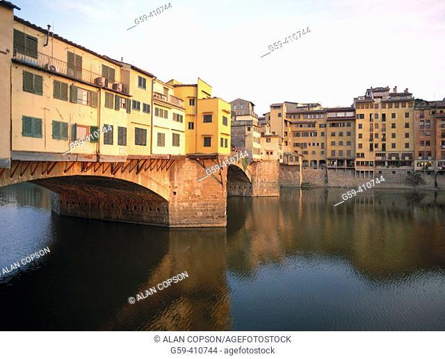 Ponte Vecchio. Florence. Tuscany, Italy