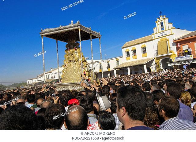 Blanca Paloma Procession, worship of Blessed Virgin Mary, pilgrimage Romeria to El Rocio, Huelva province, Andalucia, Spain