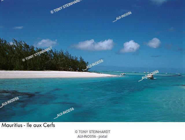 Mauritius - Ile aux Cerfs - seascape - landscape