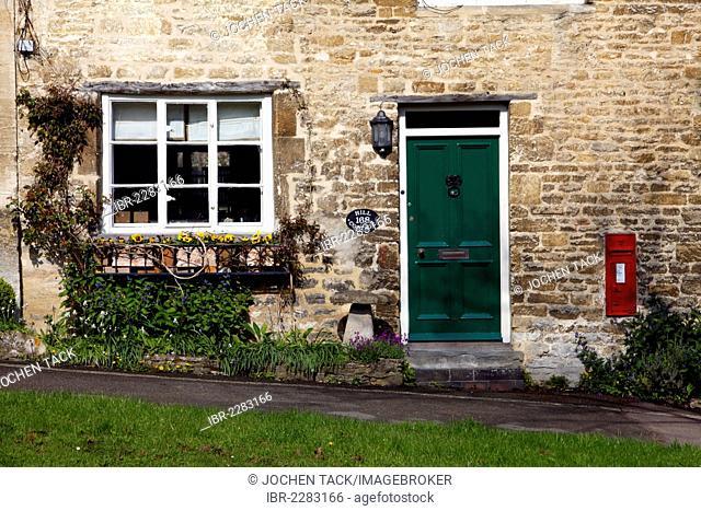 Old stone house, Burford, Oxfordshire, United Kingdom, Europe