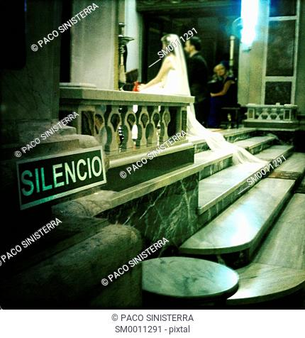 Bride wedding in church, sevilla