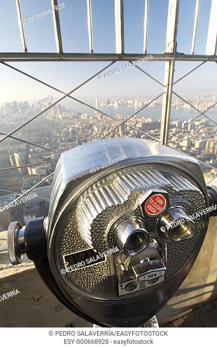 binoculars on the roof of Empire State Building