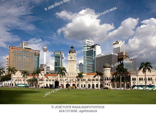 Malaysia, Kuala Lumpur City, Merdeka Square, Sultan Abdul Samad Bldg, Menara Tower