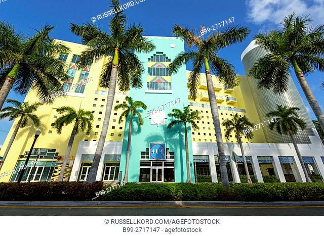 PALM TREES ART DECO STYLE BUILDING 404 WASHINGTON AVENUE SOUTH BEACH MIAMI BEACH FLORIDA USA