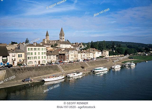 La Saone river and Tournus, Burgundy, France, Europe