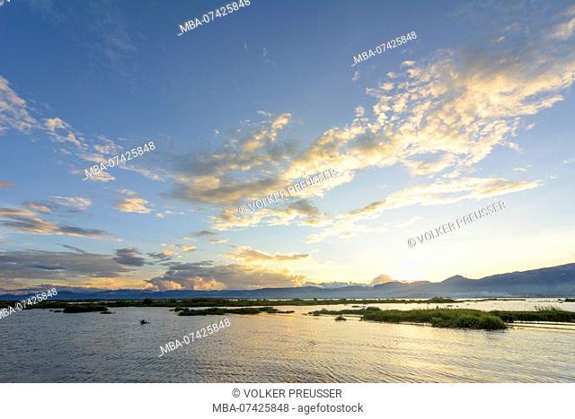 Nyaung Shwe, Inle lake, mountains, sunset, water hyacinth, Inle Lake, Shan State, Myanmar (Burma)