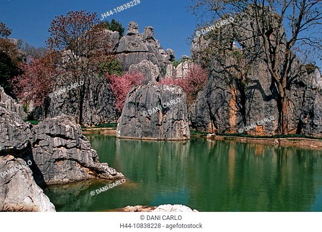 China, Asia, Shilin, Shilin Hu, lake, Stone Forest, Kunming, Yunnan Province, landscape, karst formations, erosion, As