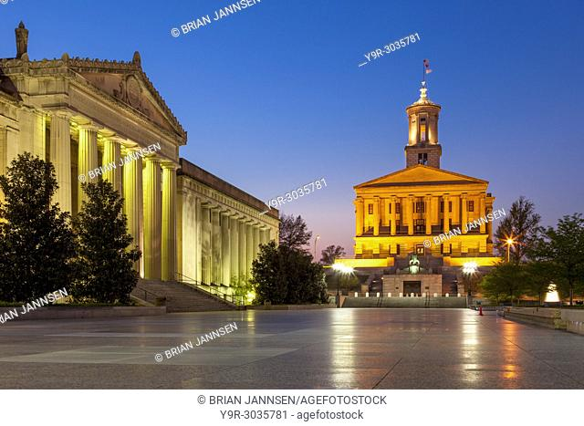 State Capitol Building and War Memorial Building in Legislative Plaza, Nashville, Tennessee, USA