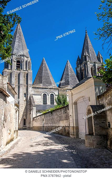 France, Indre-et-Loire, Royal City of Loches, cobbled street leading to Saint Ours church (12th century)