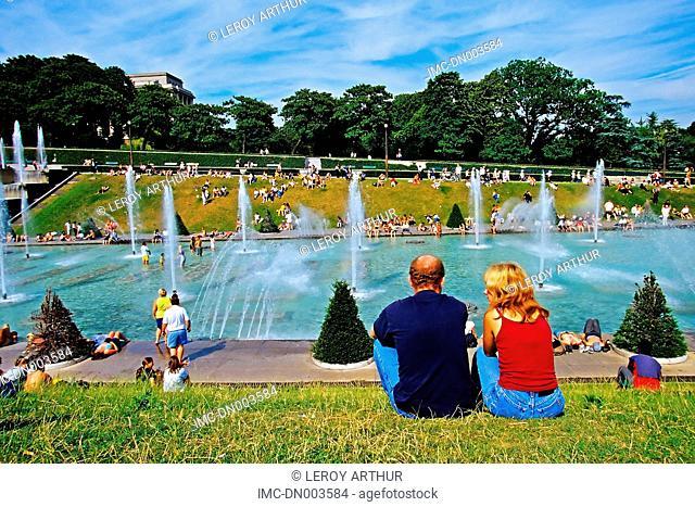 France, Paris, Trocadero, fountain
