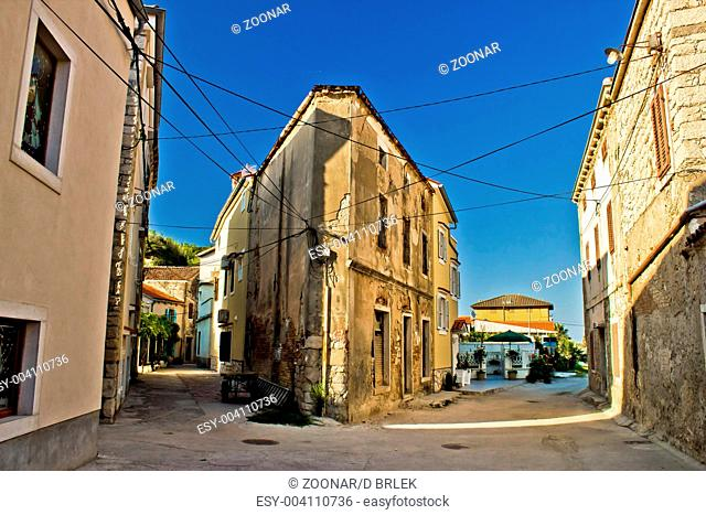 Narrow streets of Susak - traditional dalmatian architecture