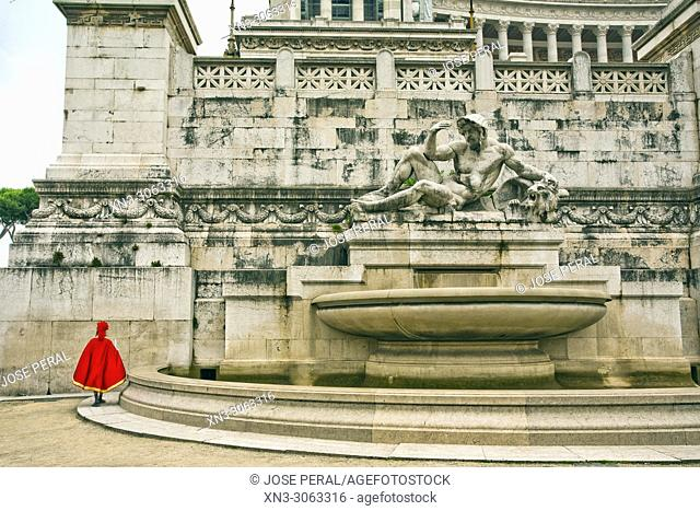 Funny scene of man dressed as Roman soldier, Fontana dell'Adriatico, Adriatic Sea fountain, National Monument to Victor Emmanuel II
