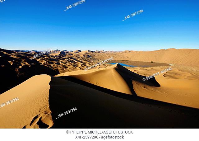 China, Inner Mongolia, Badain Jaran desert, Gobi desert