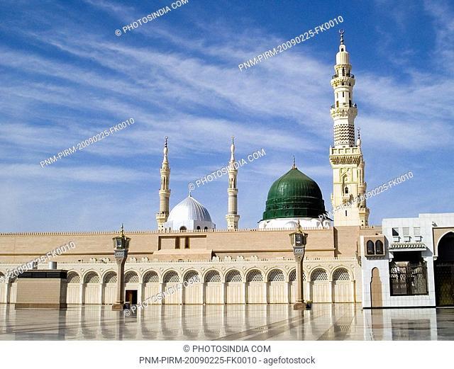 mosque in a city, Al-Haram Mosque, Mecca, Saudi Arabia