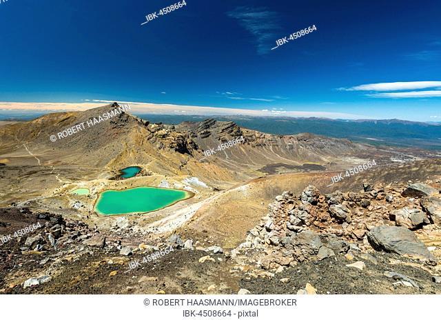 Emerald Lakes, crater lakes, volcanic landscape, Tongariro Alpine Crossing, Tongariro National Park, North Island, New Zealand