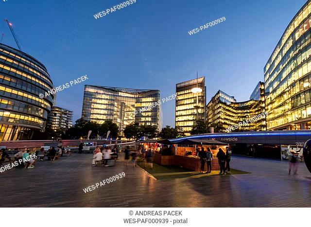 United Kingdom, England, London, More London Riverside and City Hall in the evening light
