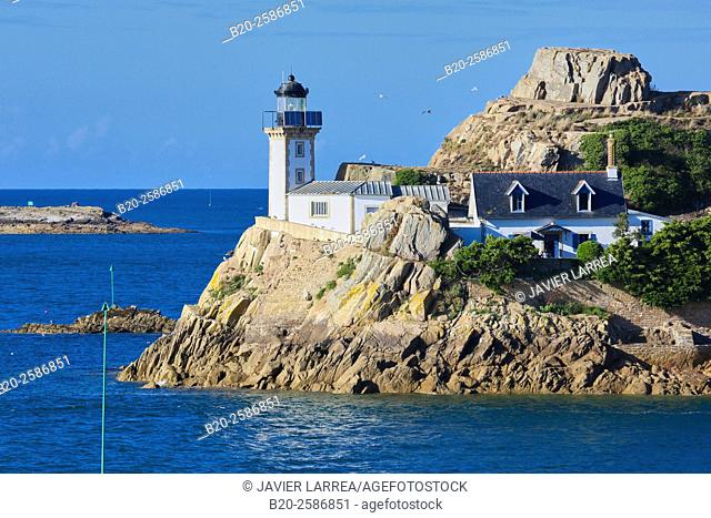 Lighthouse at Louet Island, seen from Carantec, Morlaix Bay, Finistère, Bretagne, Brittany, France