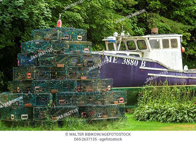 USA, Maine, Camp Ellis, lobster boat