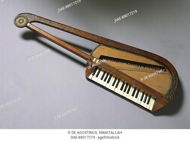 Orphica, portable piano, late 18th-early 19th century.  Florence, Museo Bardini (Art And Arts And Crafts Museum)