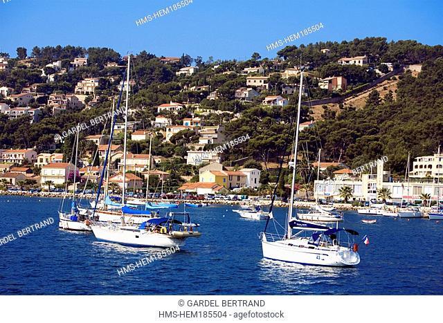 France, Var, Toulon Bay, Saint Mandrier sur Mer village