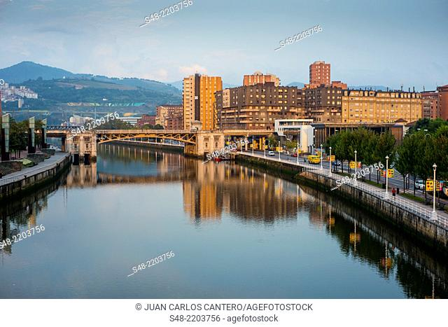 Bridge of Deusto and promenade Abandoibarra in Bilbao. Vizcaya. Pais Vasco. Spain. Europe