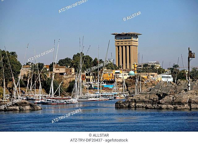 MOORED FELUCCAS & MOVENPICK HOTEL; RIVER NILE, ASWAN, EGYPT; 11/01/2013