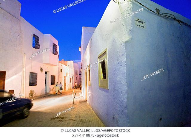 Tunez: Kairouan Medina  Rue Ibn Khalef at Rue el Kadraoui