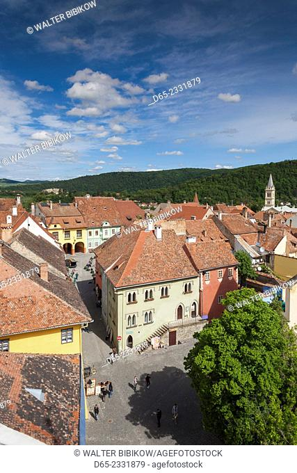 Romania, Transylvania, Sighisoara, elevated view of PiataMuzeuluii Square