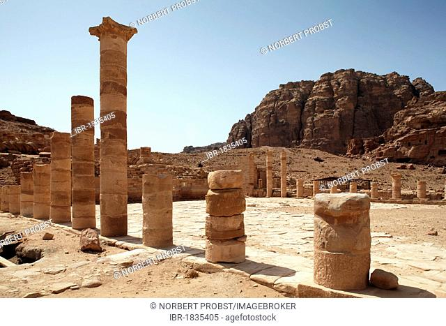 Great Temple, columns, Petra, the capital city of the Nabataeans, rock city, UNESCO World Hertage Site, Wadi Musa, Hashemite Kingdom of Jordan, Orient