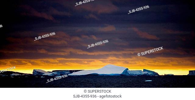 Large Tabular Icebergs in the Scotia Sea