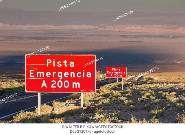 Chile, Atacama Desert, San Pedro de Atacama, emergency lane sign, Ruta 27 CH highway, dawn