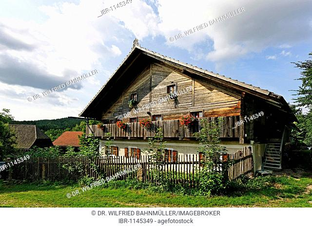 Farmhouse in Trasching, Bavarian Forest, Upper Palatinate, Bavaria, Germany, Europe