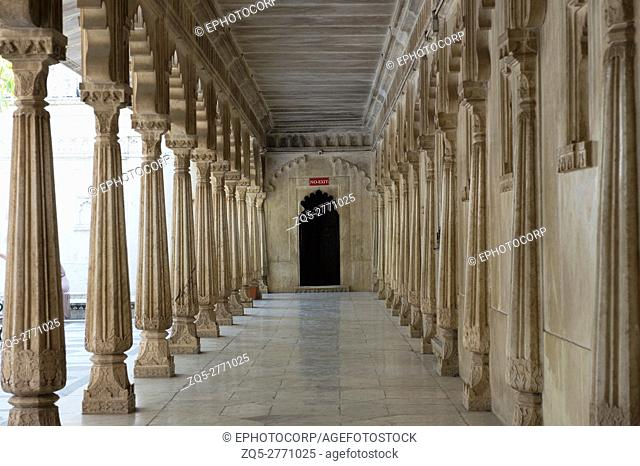 Corridor, City Palace, Udaipur, Rajasthan, India
