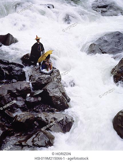 Travel, China, Sichuan Province, Water rapids, Couple