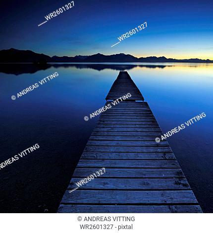 Twilight at the Chiemsee, footbridge with Chiemgau Alps, Bavaria, Germany