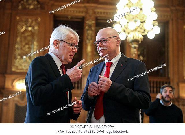29 March 2019, Saxony, Leipzig: Reinhard Rauball (l), DFL President, and Ulrich Mäurer (SPD), Senator of the Interior of Bremen