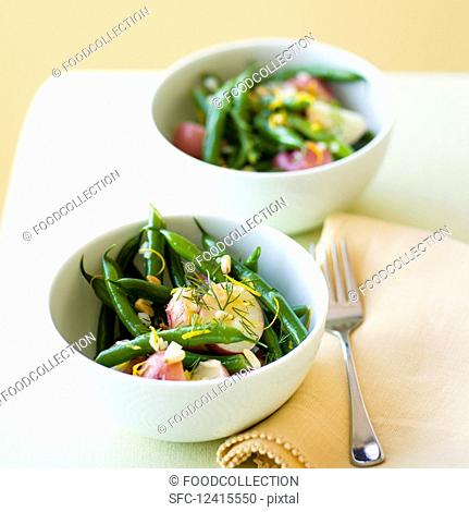 Green bean salad with potatoes and dill