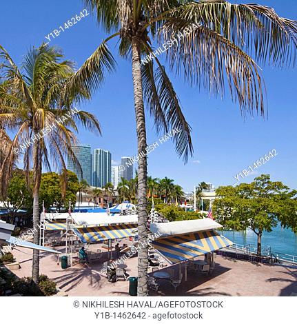 Bayside Marketplace Downtown Miami