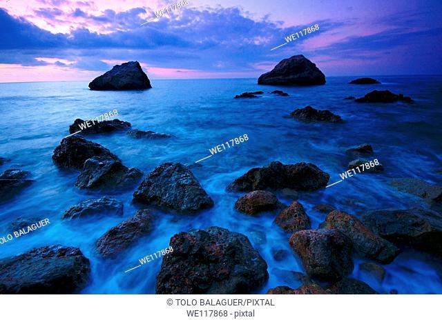 Es Canyaret-Llucalcari Pitfalls, Deia Mallorca Tramuntana Coast, Balearic Islands Spain