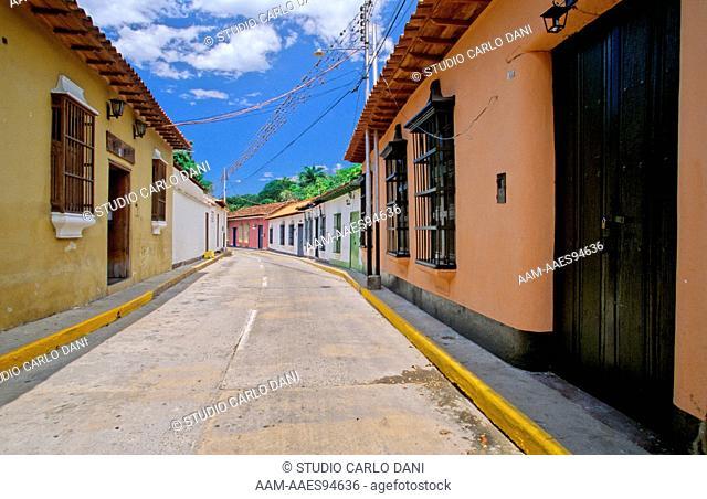 Main Road, Choroni, Henri Pittier National Park, Coastal Mountain Range, Venezuela