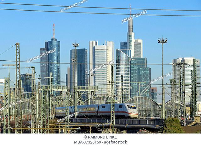 Main station Frankfurt am Main with skyline and train, Frankfurt am Main, Hesse, Germany