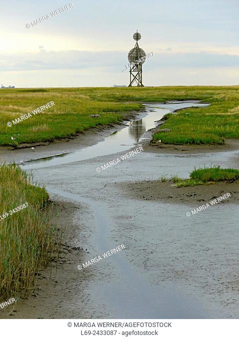 Eastern seamark on Island Neuwerk, Elbe estuary, North Sea, Hamburg, Germany