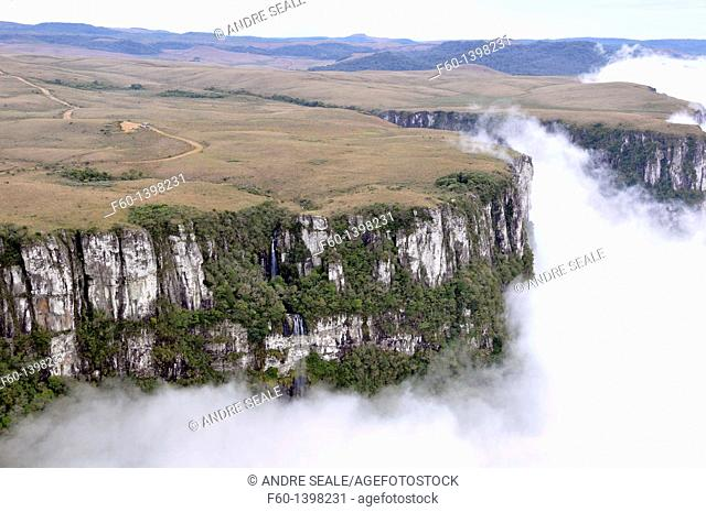 Clouds sweep into Fortaleza Canyon in the early morning, Cambara do Sul, Rio Grande do Sul, Brazil