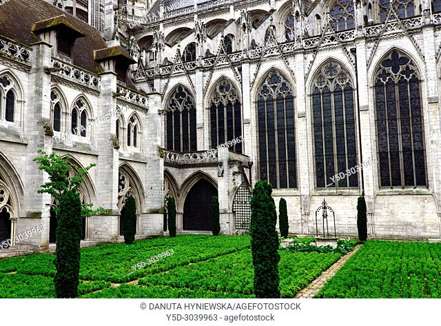 Albane gardens, Cathédrale Notre-Dame, Notre Dame Cathedral, old town, Rouen, Seine-Maritime department, Upper Normandy, Normandy, France, Europe