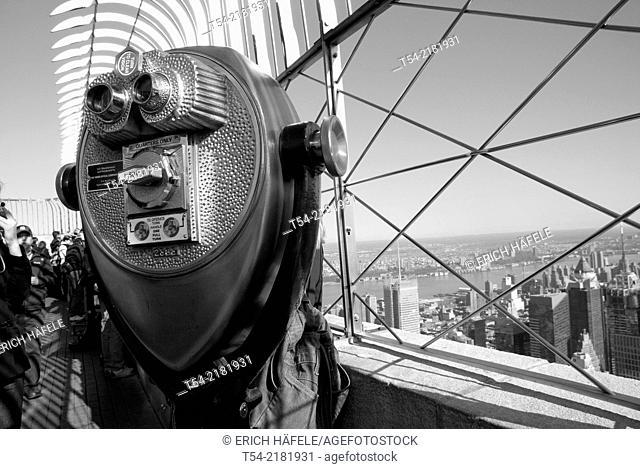 Binoculars on the Empire State Building in New York