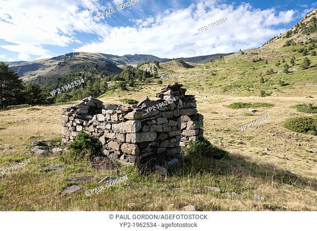 Ruined shepherd's hut along the GR 11 footpath in the Reserva Nacional de los Circos near the village of Parzan - Huesca, Aragon, Spain