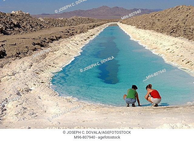 Salt leaching pond, Amboy, California, USA