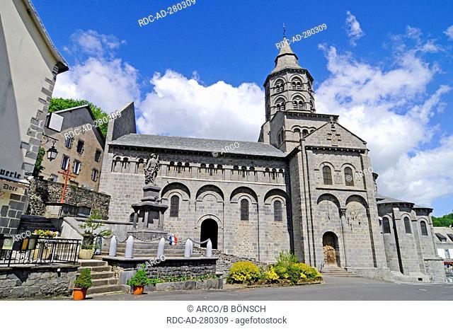 Pilgrimage church, Notre Dame, Orcival, Departement Puy-de-Dome, France