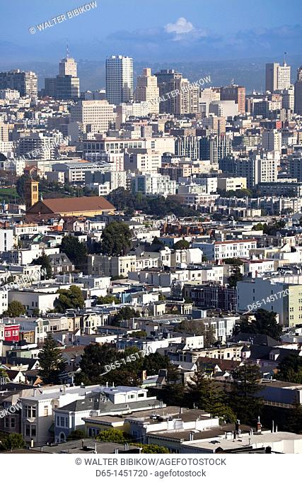 USA, California, San Francisco, Downtown, daytime downtown view from Corona Heights Park